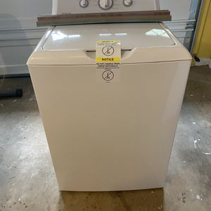 Brand New Washer (Hotpoint) for Sale in Conyers, GA