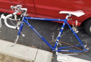 Classic Road Bike frame and parts for Sale in Chula Vista, CA