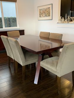 Dining Room Set for Sale in Newport Beach,  CA