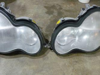 06 Mercedes C-230 Headlights for Sale in Seattle,  WA