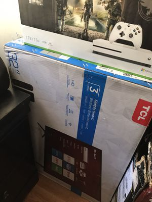 Brand new 32 inch Roku TV for Sale in Fall River, MA