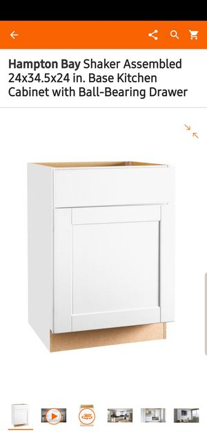 "Hampton Bay kitchen cabinets ""24"" for Sale in Fresno, CA"
