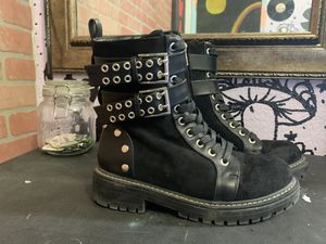 size 7 black boots for Sale in Wasilla, AK
