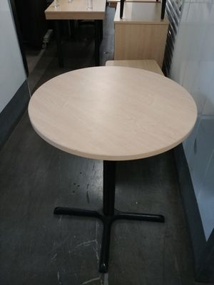 Round table for Sale in Oceanside, CA