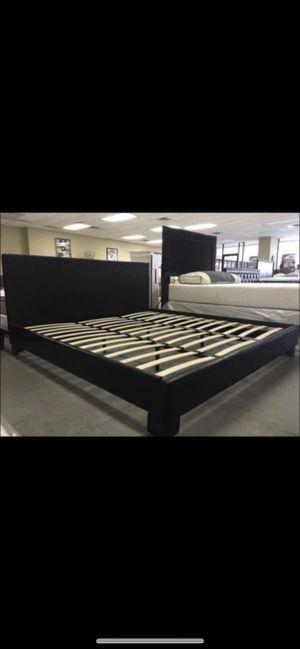 King platform bed frame only for Sale in Dallas, TX