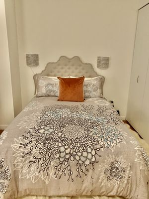 Full size bed. Includes mattress , headboard and frame. Very comfortable mattress. Pretty much new, used less than a year. Selling due to moving. for Sale in New York, NY