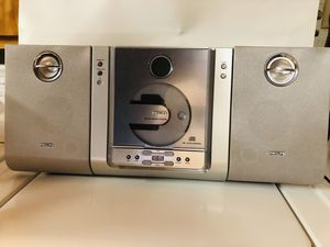 Philips Micro HiFi System AM/FM radio and CD Player with detachable speakers and remote for Sale in Dinuba, CA