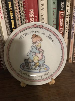 Precious Moments Mothers Day Plate 1987 for Sale in Caseyville, IL