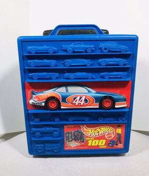 Vintage 1997 Mattel Hot Wheels 100 cars Carry Case with Handle & wheels for Sale in Pawtucket, RI