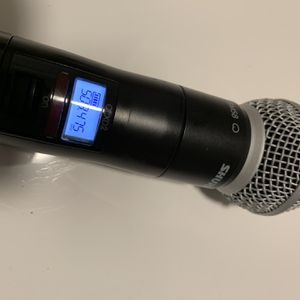 Shure QLXD2/SM58 Handheld Wireless Microphone for Sale in Bellevue, WA