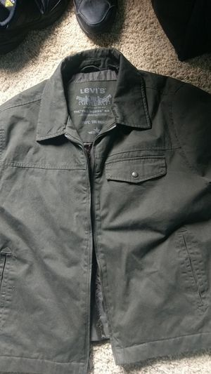 Levi heavy coat for Sale in Chicago, IL