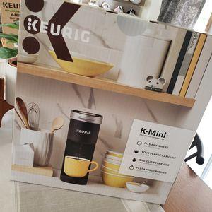 Keurig K-Mini Coffee Maker for Sale in San Manuel, AZ