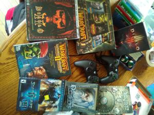 Assorted game stuff for Sale in Coldwater, MI