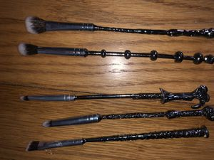 Wand makeup brushes for Sale in Euclid, OH