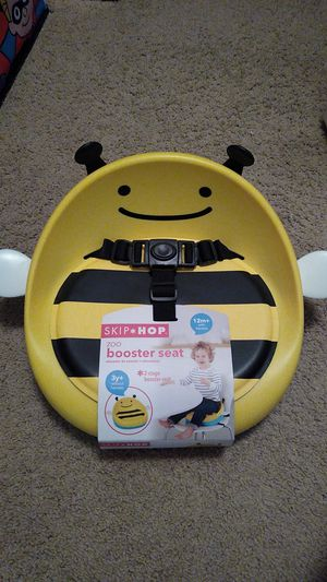 Zoo booster seat for Sale in Palmdale, CA