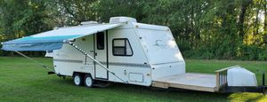 2OOO Trailer RV for Sale in Sterling Heights, MI