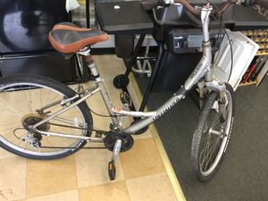 SPECIALIZED MOUNTAIN BIKE for Sale in PT CANAVERAL, FL