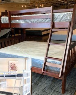 Twin Over Full Bunk Bed Plus Twin Plush Mattress (Free Delivery ) for Sale in Austin,  TX