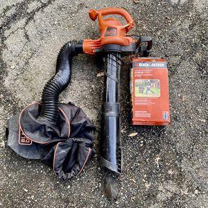 Black & Decker Leaf Blower, Vacuum, Mulcher for Sale in Lake Forest Park, WA