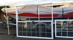 6' feet vinyl French sliding door white with screen good condition for Sale in Normandy Park, WA