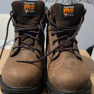 Size 9 TIMBERLAND PRO for Sale in Miami, FL