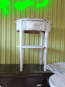 2 Heavy White End Tables And TV Stand for Sale in Fresno,  CA