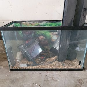 Fish Tank for Sale in Sacramento, CA