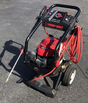 Troy Bilt XP 3000 PSI - 2.7 GPM Carb Compliant Cold Water Gas Pressure Washer - Powered Honda GCV 190 Engine - EXCELLENT CONDITION for Sale in Orlando, FL