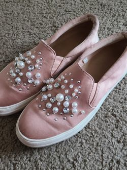 Pink Slip On Shoes for Sale in Springfield,  OR