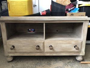 TV stand with drawers for Sale in Temecula, CA