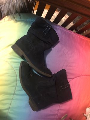 Girls winter boots for Sale in Lorain, OH