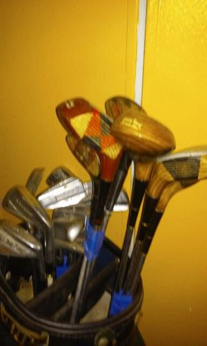 Slightly used golf clubs for Sale in Bronx, NY