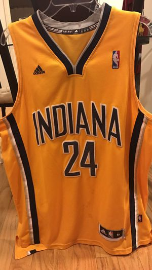 TAKING BEST OFFER!!! Paul George Indiana Pacers Authentic adidas Jersey for Sale in Tampa, FL
