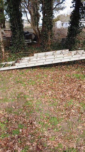 38 Ft motorized shingle ladder w/ motor for Sale in Millville, NJ