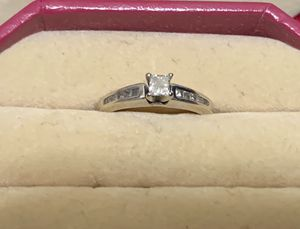 14k white gold diamond engagement ring (TRADE) for Sale in Camano, WA