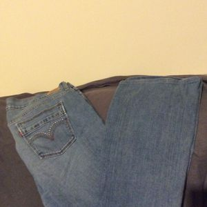 515 Bootcut Levi Jeans Size 16M for Sale in Imlay City, MI