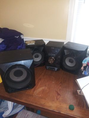 Home stereo system for Sale in Brooklyn Park, MD