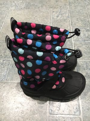 Girls snow boots size 11 for Sale in Hayward, CA