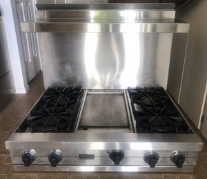 "Viking Professional 36"" Stainless Steel Gas Rangetop with Griddle and Backsplash for Sale in Tempe, AZ"
