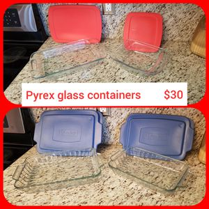 Pyrex glass containers , casserole dishes for Sale in Pembroke Pines, FL