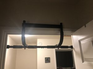 Pull up bar for Sale in Sun Prairie, WI