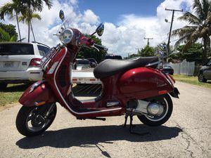 VESPA PIAGGIO TOURING 300cc for Sale in Miami, FL