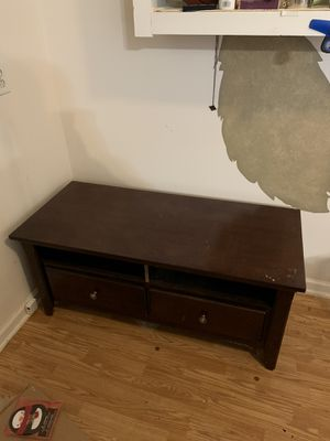 Coffee table/entertainment center for Sale in College Grove, TN