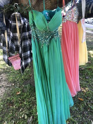 Prom dresses for Sale in Mesquite, TX