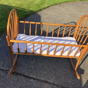 Antique Baby Cradle for Sale in Tacoma, WA