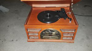 3 in 1 TAPE , CD , AND RECORD PLAYER. for Sale in Las Vegas, NV