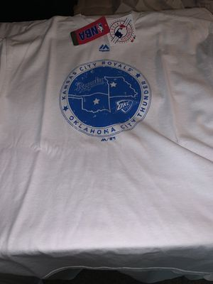 4/$25 T-Shirt size L Royals/thunder for Sale in Cadwell, GA