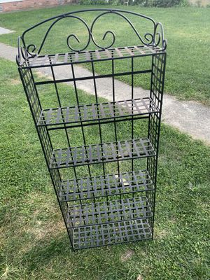 Metal DVD rack for Sale in The Bronx, NY