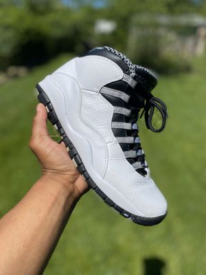 Jordan steel 10s size 10 for Sale in South Euclid, OH
