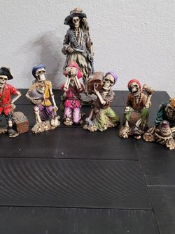 Pirate Summit Collection Statue LOT! for Sale in Ontario,  CA